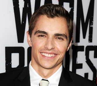 "HOLLYWOOD, CA - JANUARY 29:  Actor Dave Franco arrives for the Los Angeles premiere of Summit Entertainment's ""Warm Bodies"" at ArcLight Cinemas Cinerama Dome on January 29, 2013 in Hollywood, California.  (Photo by Kevin Winter/Getty Images)"